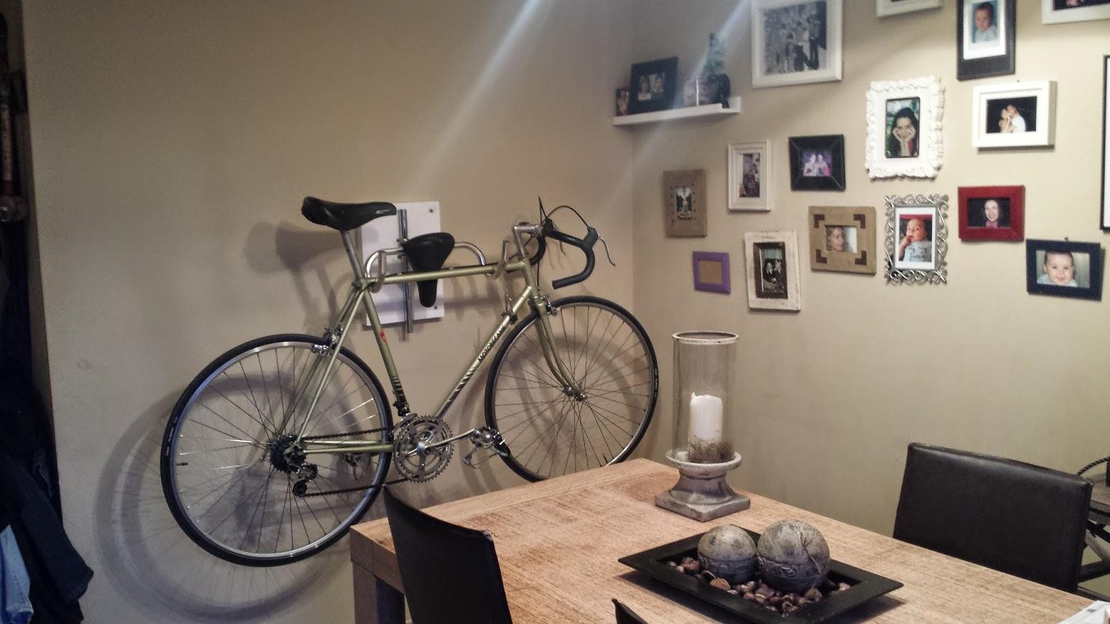 Belleza en bici diy soporte de pared para tu amada bicicleta for Como guardar la bici en un piso