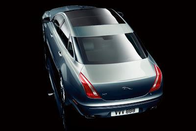 Jaguar XJ 5.0L Car Wallpaper