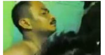 video om om berkumis