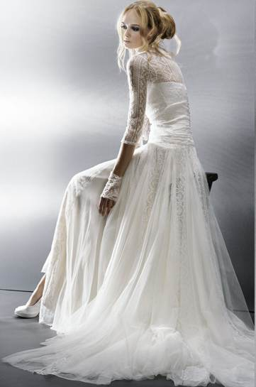 Modern vintage wedding gowns in new model wedding for Modern vintage lace wedding dress