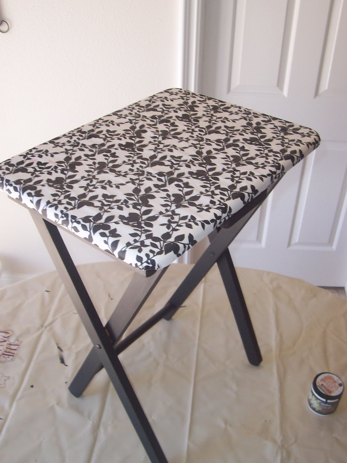 Caroline 39 s crafty corner my pretty side table for Pretty html table