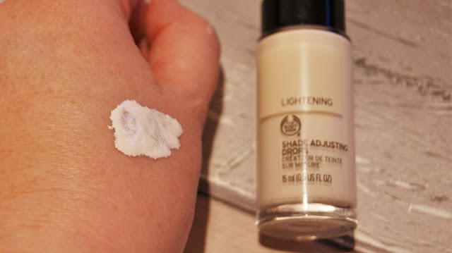 The Body Shop Shade Adjusting Lightening Foundation Drops