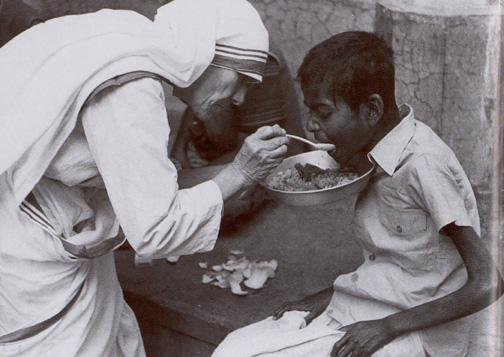 Sacerdotus: Christopher Hitchens 1949-2011 Mother Teresa With The Poor