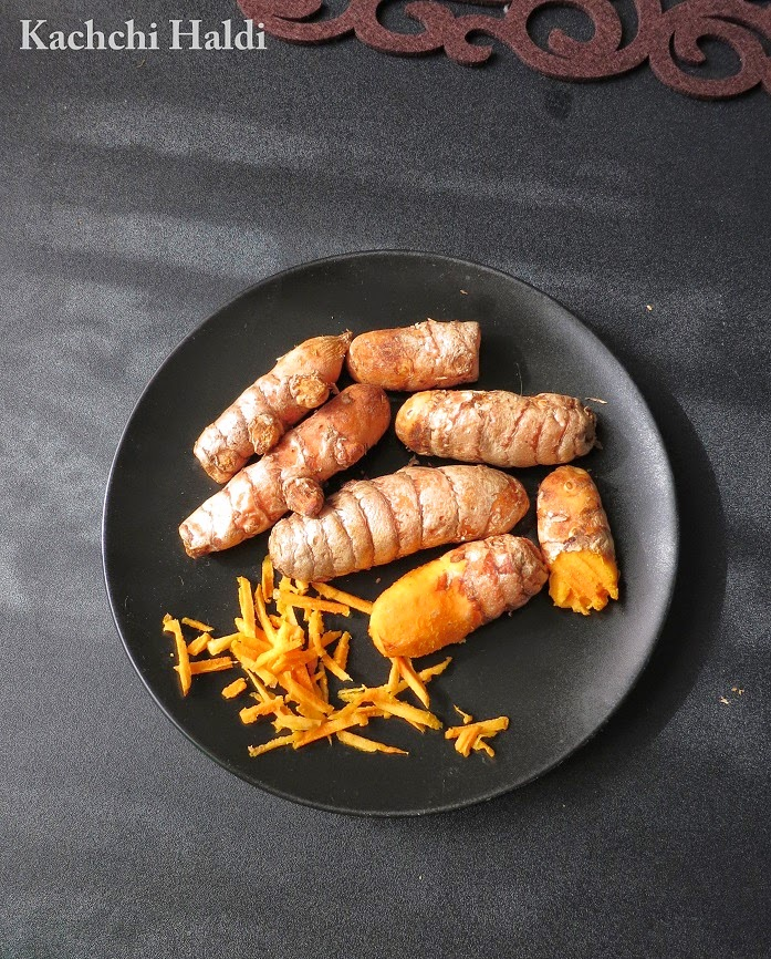 raw fresh turmeric