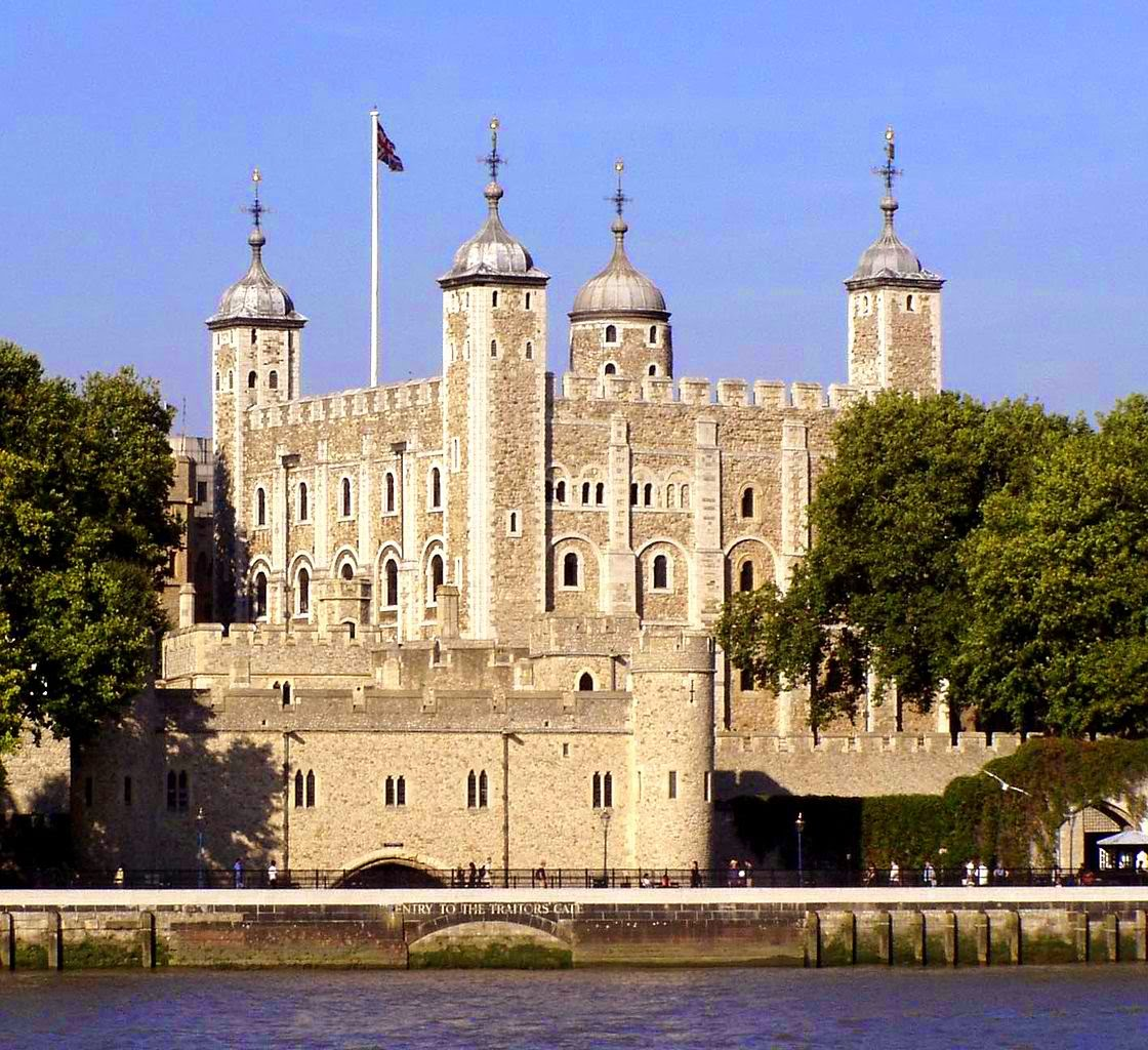 The Tower of London - haunted place ranked 1st