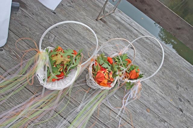 Streukörbchen für Blumenkinder mit herbstlichem Potpourri