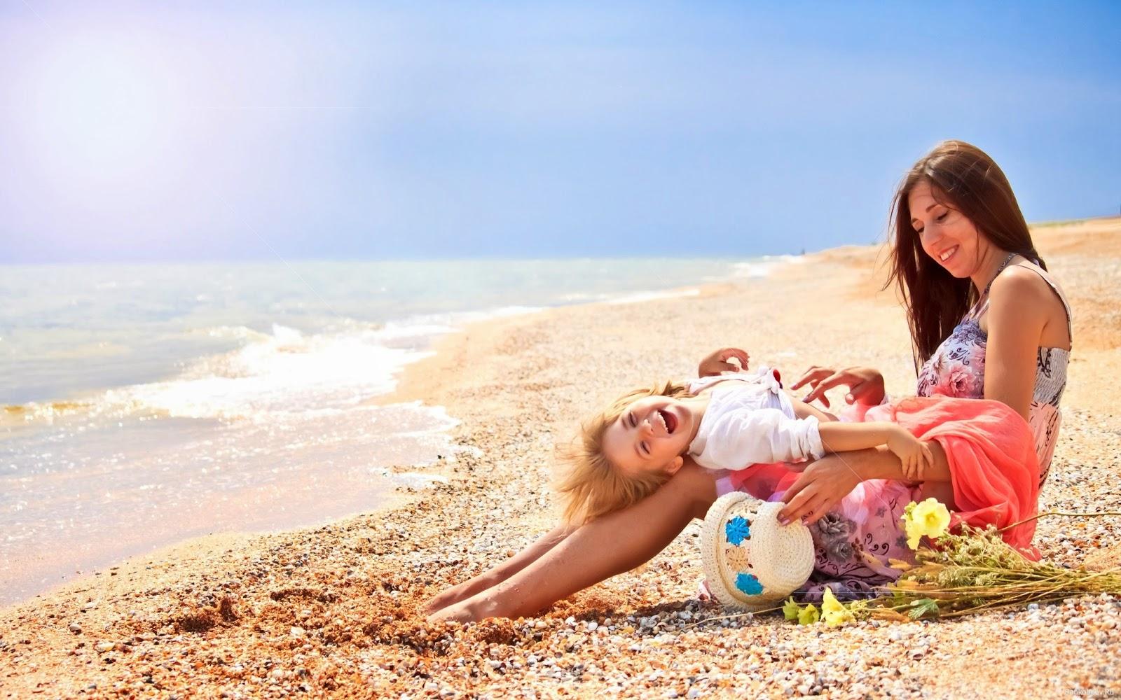 Русские родители на пляже 22 фотография