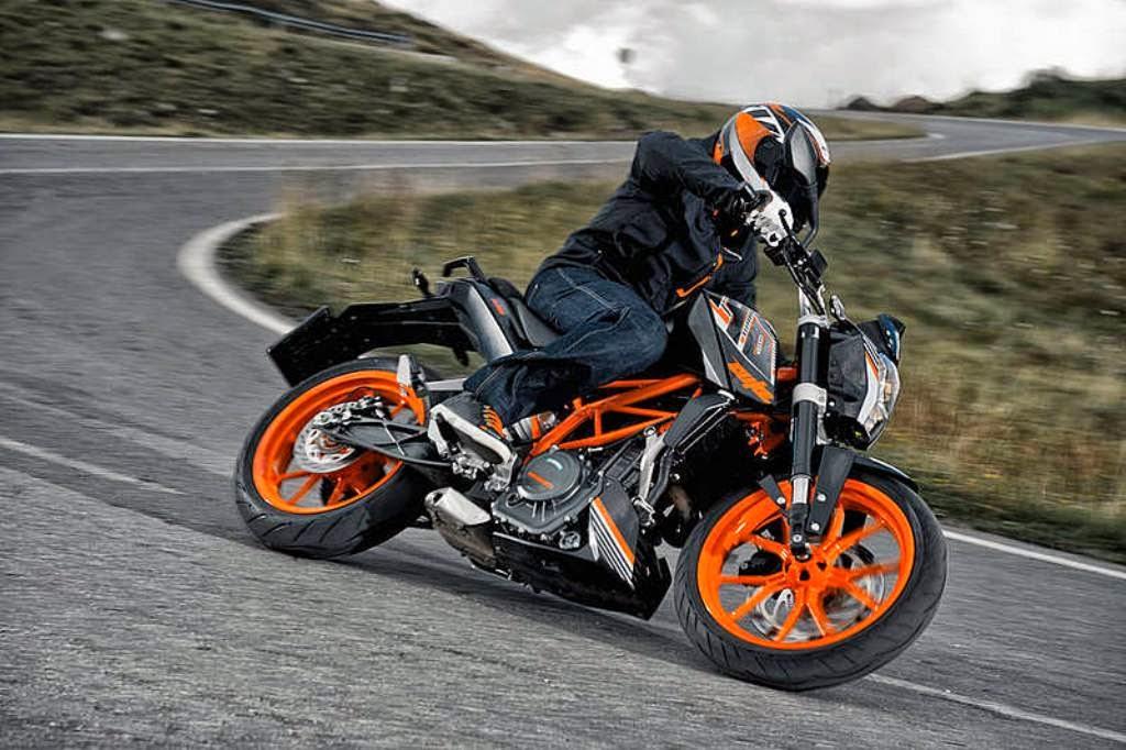 Update 2015  KTM Duke 390 pakai Slipper Clutch