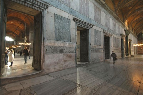 narthex inner2 c osseman أيـا صوفيا كنيسة ثم مسجد واخيرا متحف ! بالفيديوا و الصور
