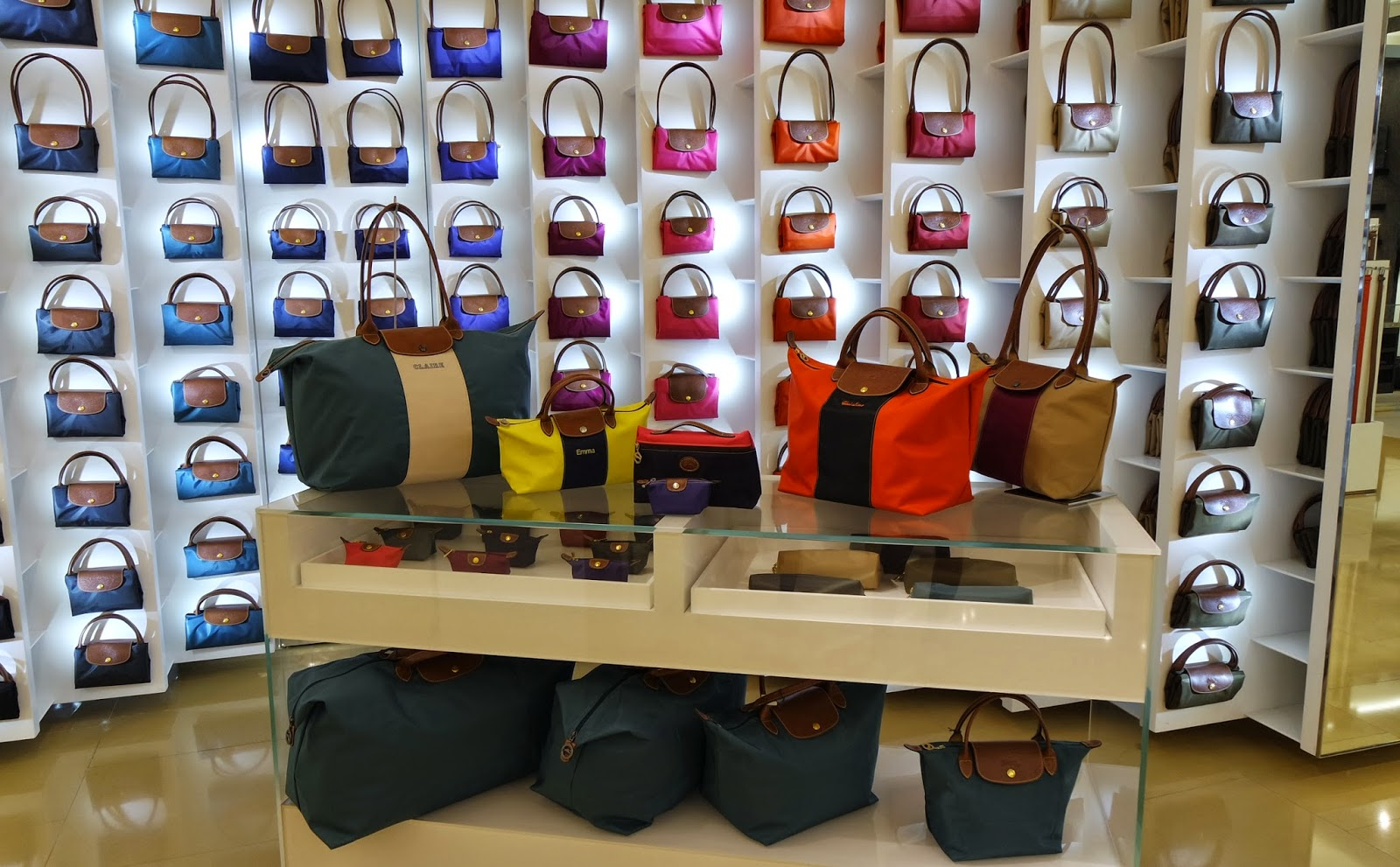 Why Longchamps Personalisation Service Is For You advise