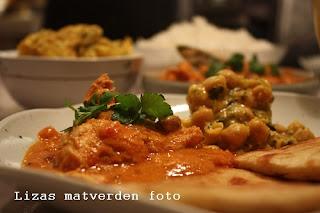 http://lizasmatverden.blogspot.no/2012/01/balti-butter-chicken.html