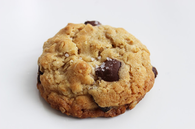love and lion: RECIPE: THE BEST EVER OATMEAL COOKIE