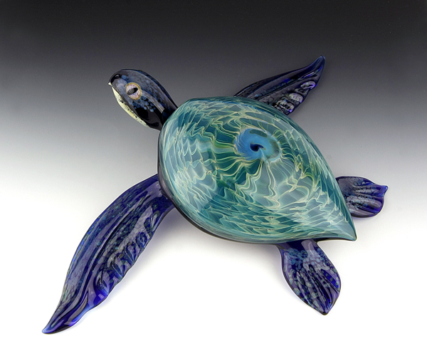 08-Blue-Rippleback-Turtle-Scott-Bisson-Glass-Sea-and-Land-Animals-www-designstack-co