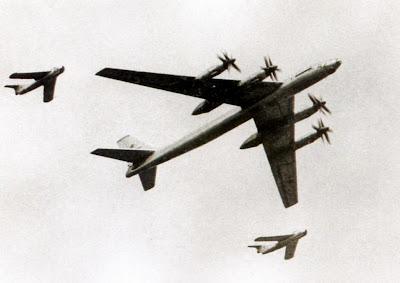 Пара МиГ-17