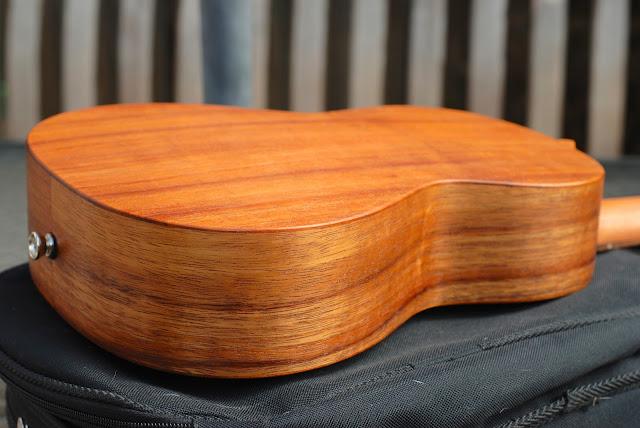 Martin T1K ukulele back