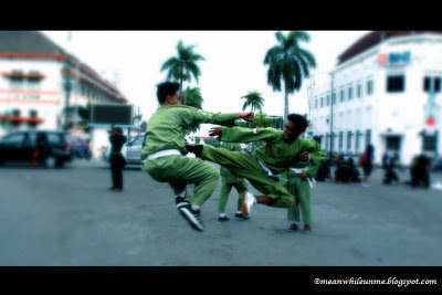 malioboro pencak festival flying kick