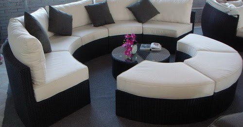 Glamorize Your Living Spaces With Adding Round Sectional