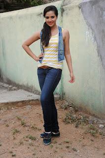 Preethi Rana Pictures at Gaali Patam 019.jpg
