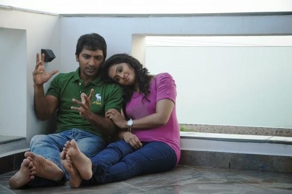 Damaal Dumeel Movie Ramya Nambeesan and Vaibhav Photos