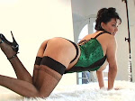 monicamendez-greencorset01