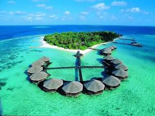 Las Maldivas,conjunto de islas, situado en el océano Índico, presume de tener las playas más cristalinas y cálidas del mundo