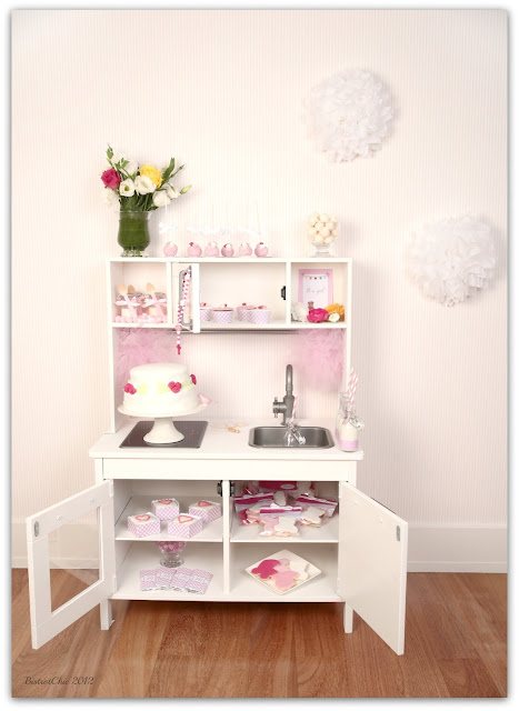 Pink romantic Baby Shower from BistrotChic