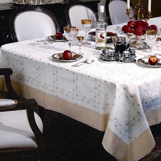 Ribbon rose tablecloth