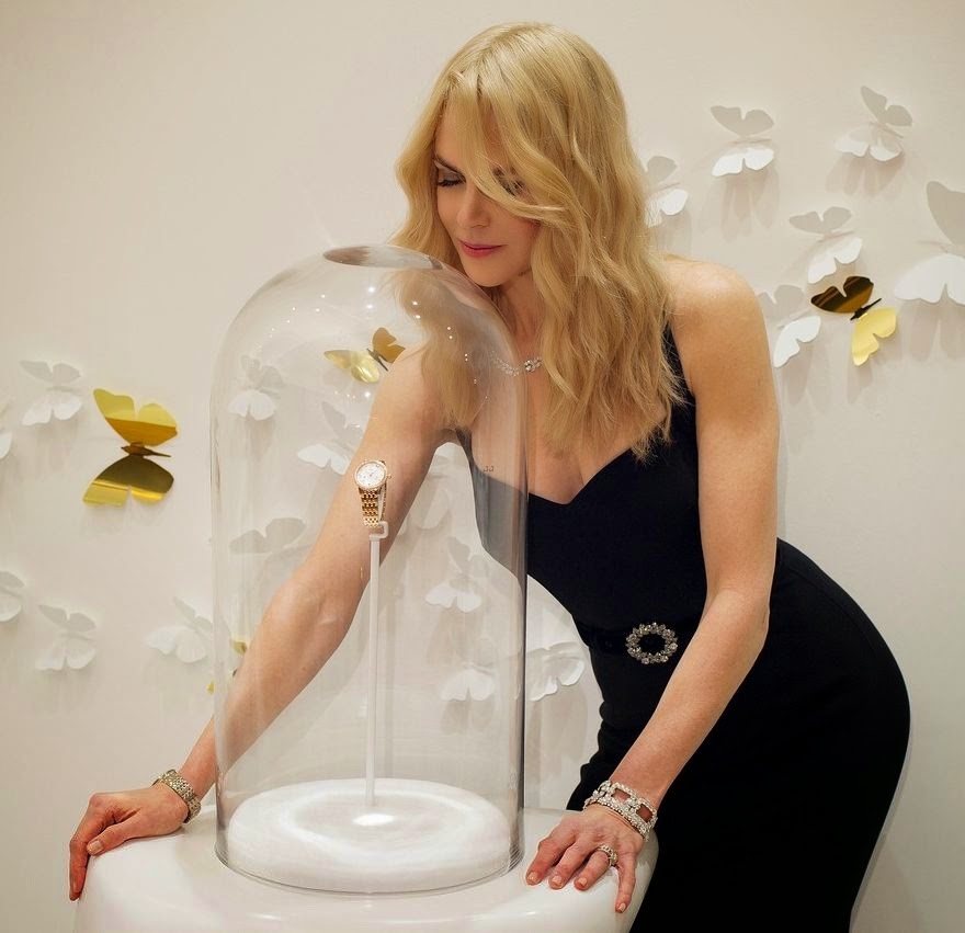 There's nothing sad about her constantly show and we think, she's always look lovely. So of course, Nicole Kidman had to be the centre of attention during Omega watch Launch agenda at South Korea on Thursday, October 2, 2014.