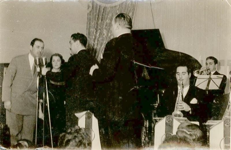 Héctor con parte de su gran orquesta de jazz