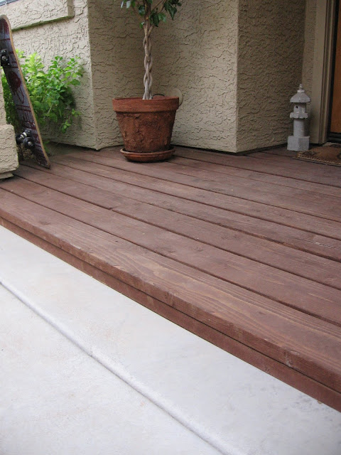diy small wood deck, small wood deck
