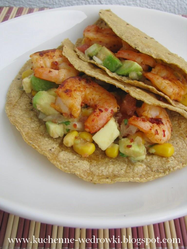 Tacos z krewetkami, awokado i kukurydzą