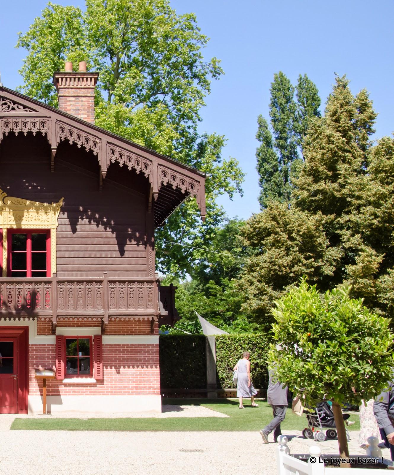 Yerres - propriété Caillebotte - chalet suisse