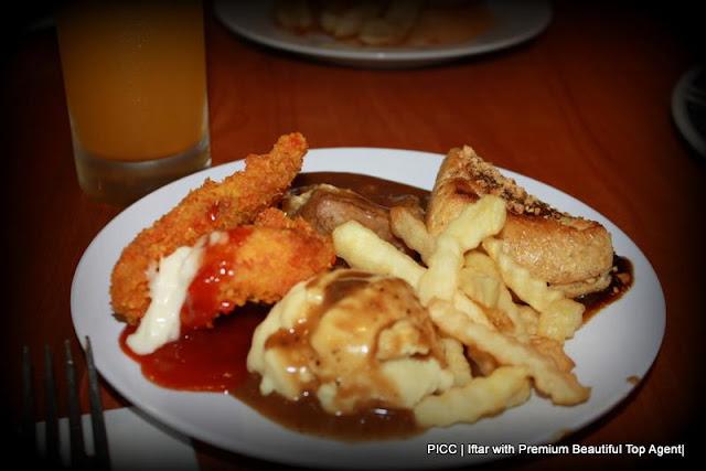 Majlis Iftar di PICC bersama rakan kongsi GLG dalam Premium Beautiful Corset business, gambar western food