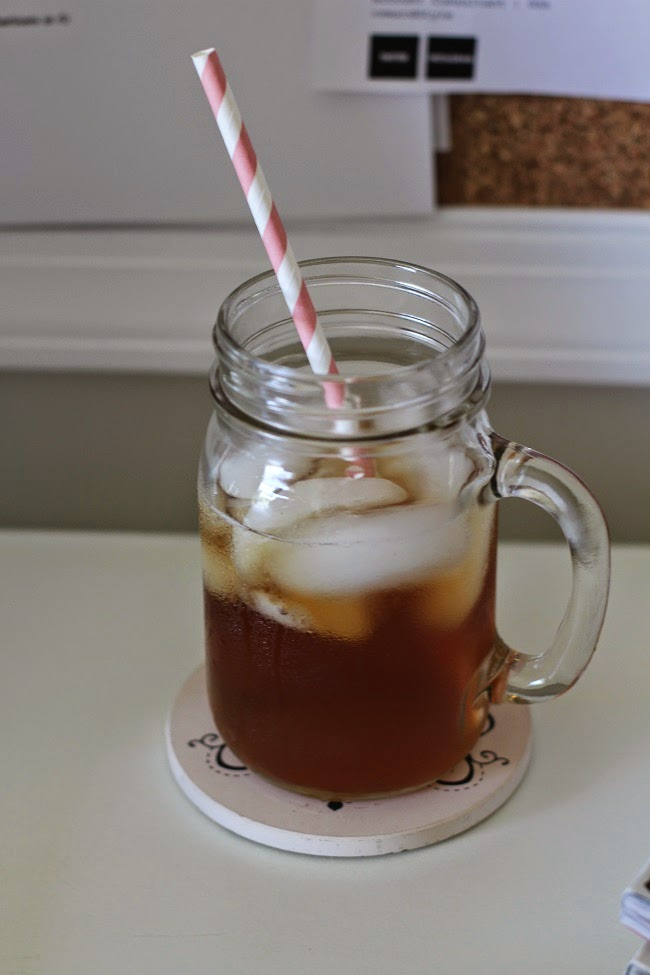 glass mug, decorative straw