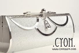 tas wanita silver