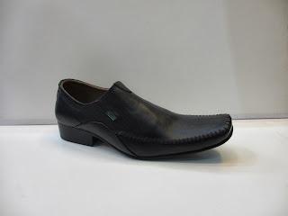 Sepatu Kickers Pantofel formal kantor