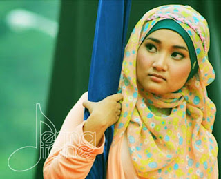 Chord dan Lirik Lagu Fatin - Proud of You Moslem