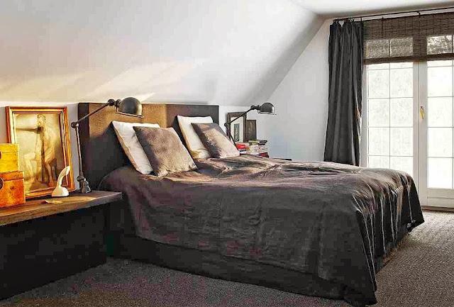 Sypialnia w stylu skandynawskim w tonacji szarej