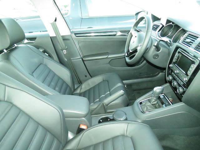 Novo VW Jetta 2015 - interior