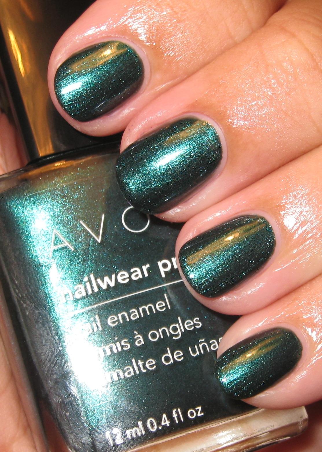 Pretty Little Bottles: Avon Noir Emerald