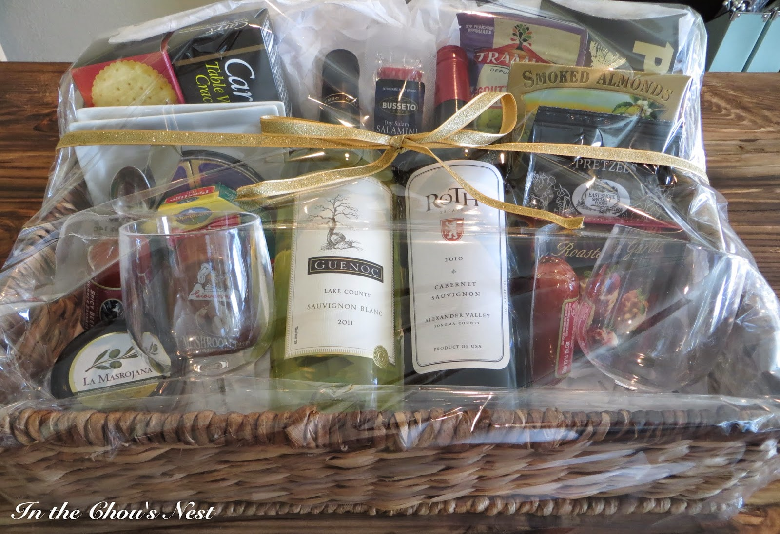 Here is what the gift basket looked like all put together.