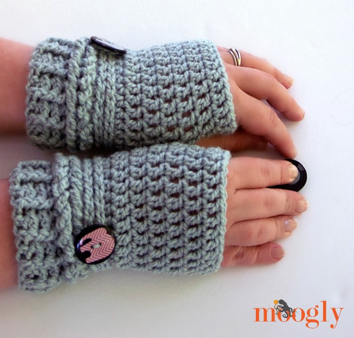 Free Crochet Patterns Hobo Gloves : Fiber Flux: 50 One Skein Projects Perfect for A Fall Weekend!