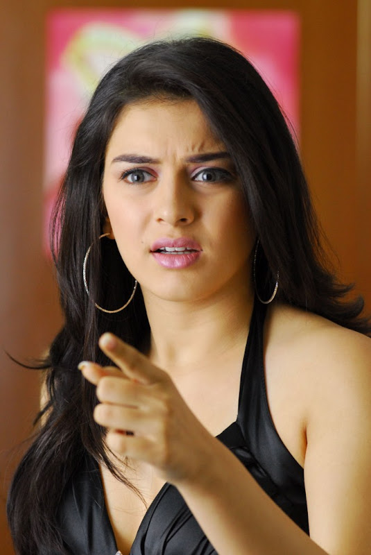Hansika motvani new photos hot photos