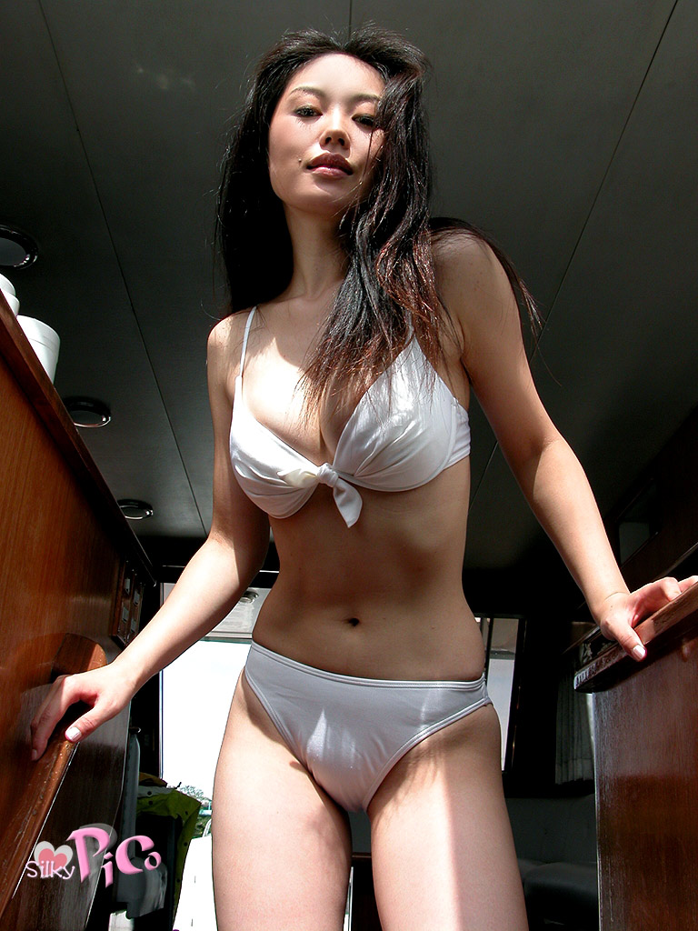 sexy naked asian girls 03