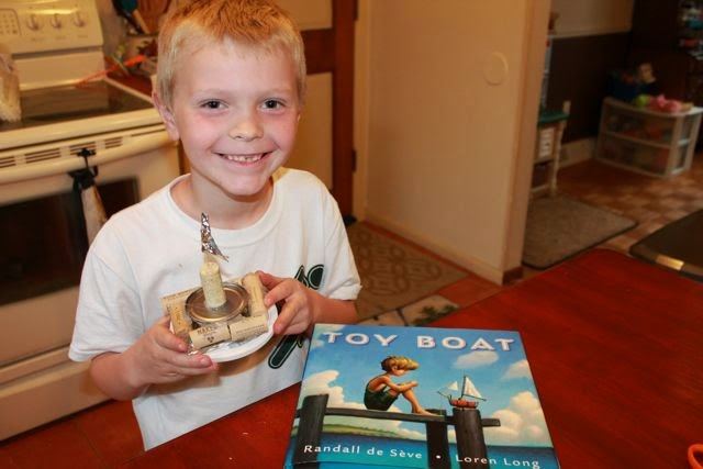 Making Toy Boats for TOY BOAT by Loren Long, Randall de Seve via www.happybirthdayauthor.com