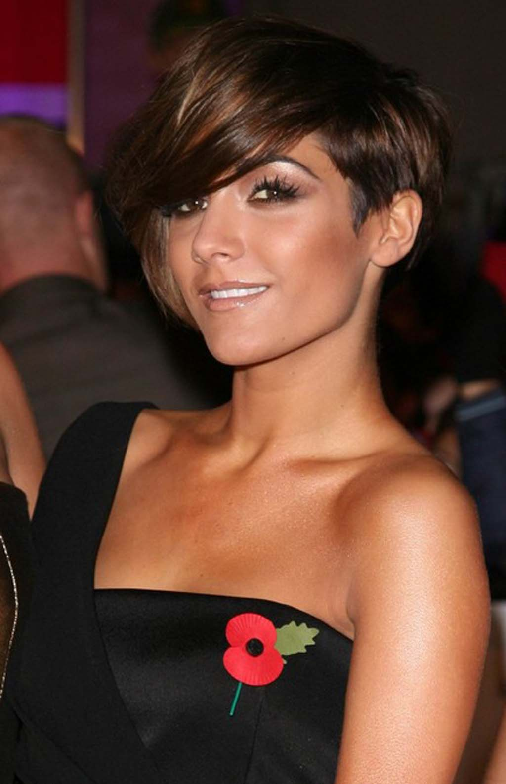 http://3.bp.blogspot.com/-O_v_3La-6Qs/T32Em7tQnSI/AAAAAAAADRc/_WC2gFizojI/s1600/Frankie-Sandford-pics-photos-pictures-hairstyles-2012-celebrity-singer+%25287%2529.jpg