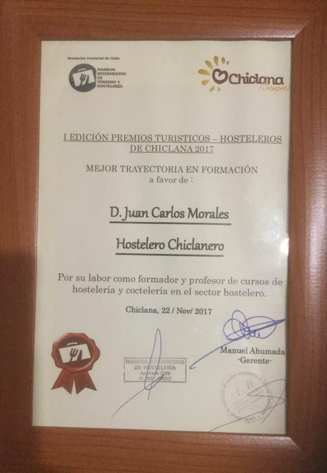 PREMIO AL MEJOR PROFESOS DE COCTELERIA
