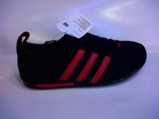 adidas poprsche hitam merah,adidas porsche santai,adidas porsche casual
