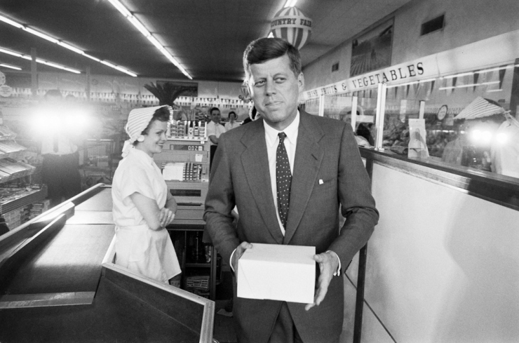 Nixonland >> Alex Grant: Archives || JFK's Style: On and Off the Campaign Trail