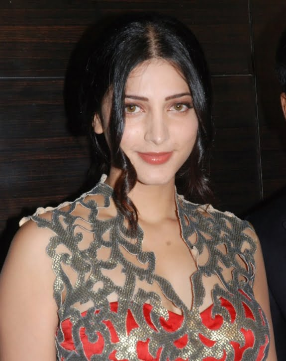 Shruti Hassan, Tollywood, Bolly South, Bollywood, Kollywood, Telugu, Tamil, Hot, Indian Celebs, Celebs